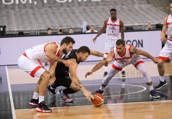 CSM CSU Oradea câştigă derby-ul cu U-BT Cluj