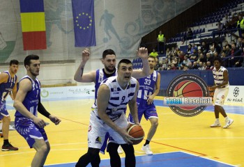 Milos Komatina, al treilea străin care se întoarce din echipa de anul trecut a celor de la SCM Timișoara