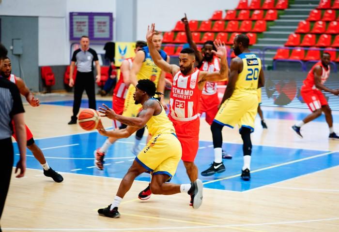 BC CSU Sibiu învinge Dinamo, într-un meci cu multe puncte