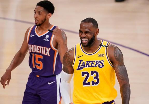 Los Angeles Lakers a preluat conducerea în seria cu Phoenix Suns