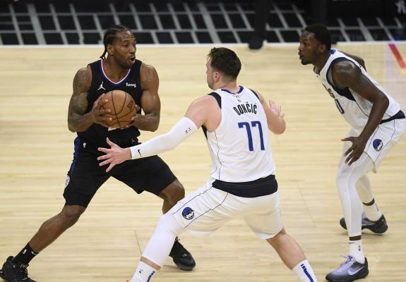 Los Angeles Clippers întoarce seria cu Dallas Mavericks