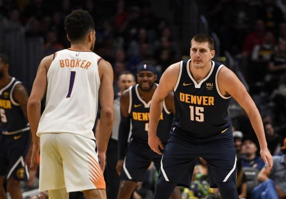 Phoenix Suns a câștigat primul meci al seriei cu Denver Nuggets