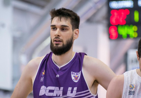 BC CSU Sibiu l-a transferat pe Rareș Uță