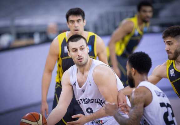 Karlo Zganec se întoarce în țara natală