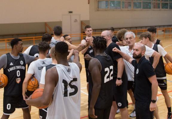 U-BT Cluj-Napoca a plecat în Serbia fără trei jucători