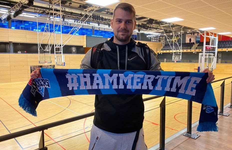 Dragoș Diculescu a jucat primul meci în echipamentul lui Landstede Hammers