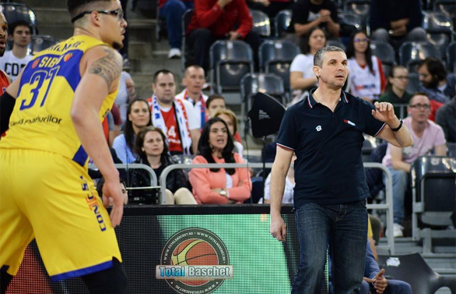 Cristian Achim va bifa al 11-lea sezon pe banca lui CSM CSU Oradea