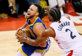 NBA: Golden State Warriors câștigă în Toronto și păstrează șanse la titlu