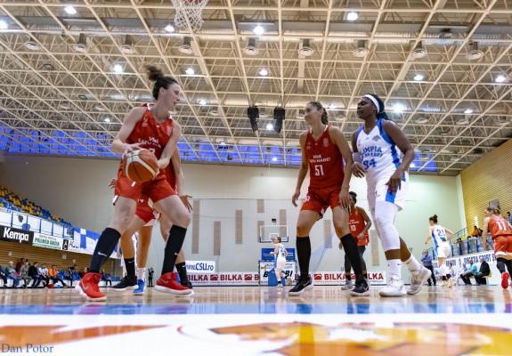 Andrea Olah (Orosz) și Andreea Huțanu vor juca la CSM Satu Mare și în stagiunea următoare