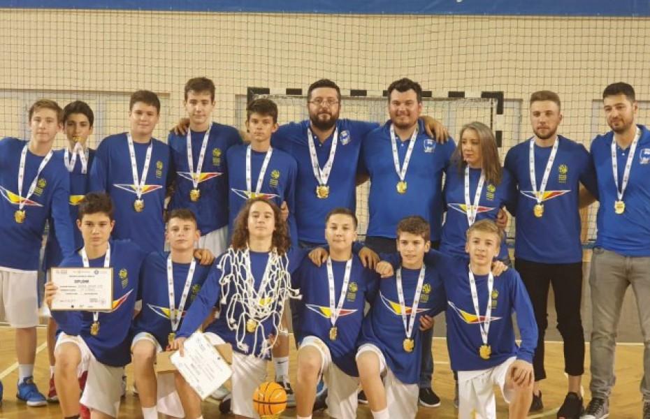 Premii individuale turneul final U14 masculin: MVP – Sasha Son