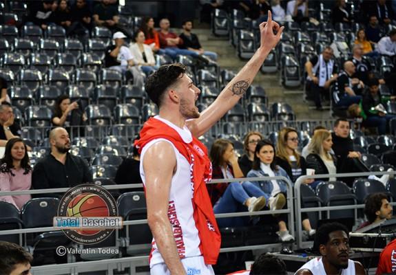Andrei Calenic continuă la Dinamo Știința București