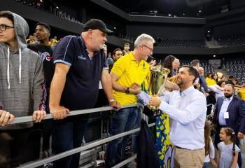 Editorial. Dan Fleșeriu și lungul său drum până la intrarea în istoria baschetului sibian