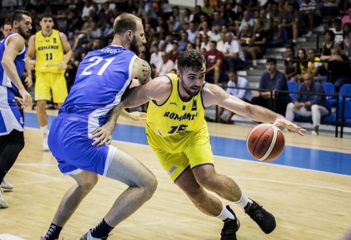România joacă în Slovacia cu calificarea pe masă