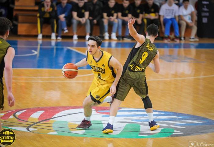 Antonio Năsturescu a fost împrumutat la SCM U Craiova