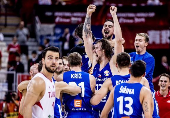 Cehia se impune la 15 puncte în fața Turciei și se califică în faza a doua a grupelor