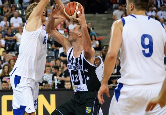 U-BT Cluj-Napoca câștigă după ce antrenorul lui Mornar Bar și-a retras jucătorii de pe teren