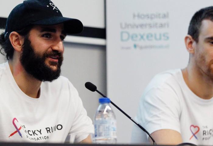 Ricky Rubio și Victor Claver au deschis, în Barcelona, un salon pentru bolnavi de cancer