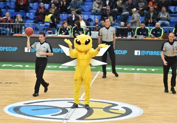 Doi oficiali au reprezentat România la un meci din FIBA Europe Cup
