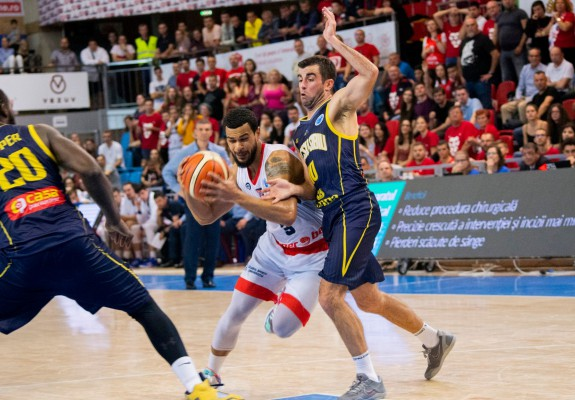 Al treilea episod al duelului CSM CSU Oradea – CSU Sibiu în acest sezon, primul în Liga Națională