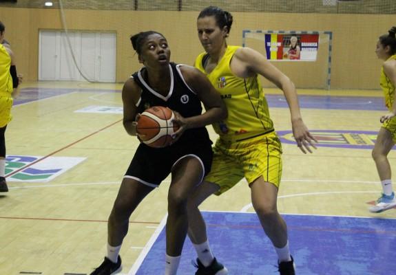 Artavia Ford a bifat al 4-lea double-double în grupa Vest în înfrângerea clujencelor la Satu Mare