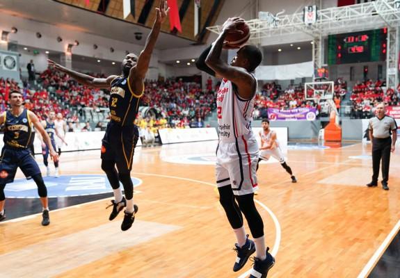 BC CSU Sibiu pierde în Turcia ultimul său meci în această ediție a FIBA Europe Cup