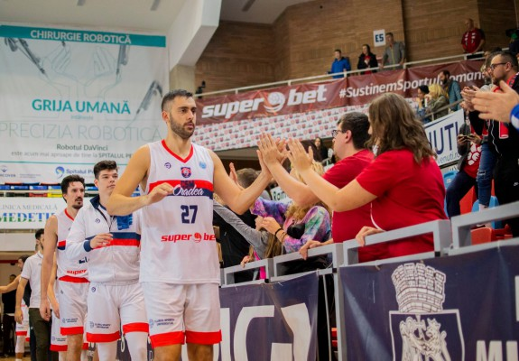 Dragan Zekovic, cel mai eficient jucător al CSM Oradea în victoria cu CSA Steaua