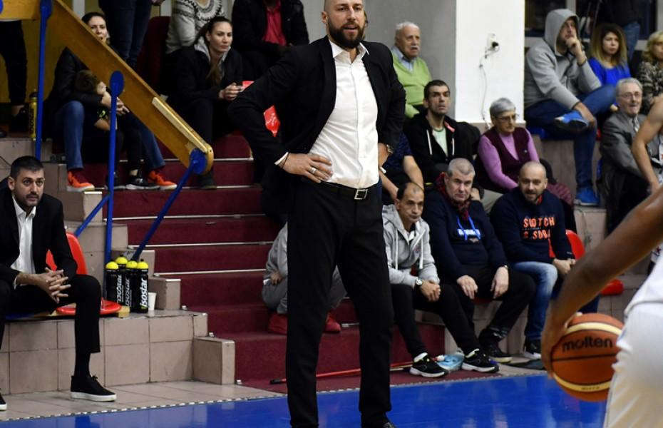 """Cătălin Burlacu: """"Ar fi fost just ca victoria să fie a noastră pentru că vicecampioana nu a practicat un baschet foarte elaborat"""""""