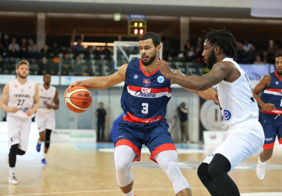 """Aaron Broussard: """"Obiectivul nostru este întotdeauna victoria, indiferent că e FIBA Europe Cup sau LNBM"""""""