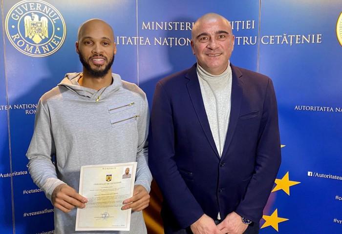Kris Richard a depus jurământul pentru a deveni cetățean român. Update