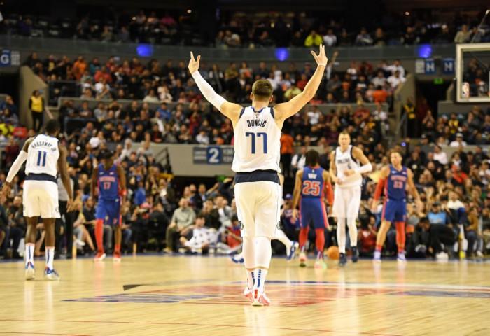Luka Doncic, prestație excelentă împotriva lui Detroit Pistons în Mexico City. Video