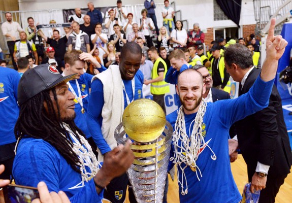 """Cel mai bun """"cinci"""" al anilor 2010' din baschetul românesc, format numai din jucători străini"""