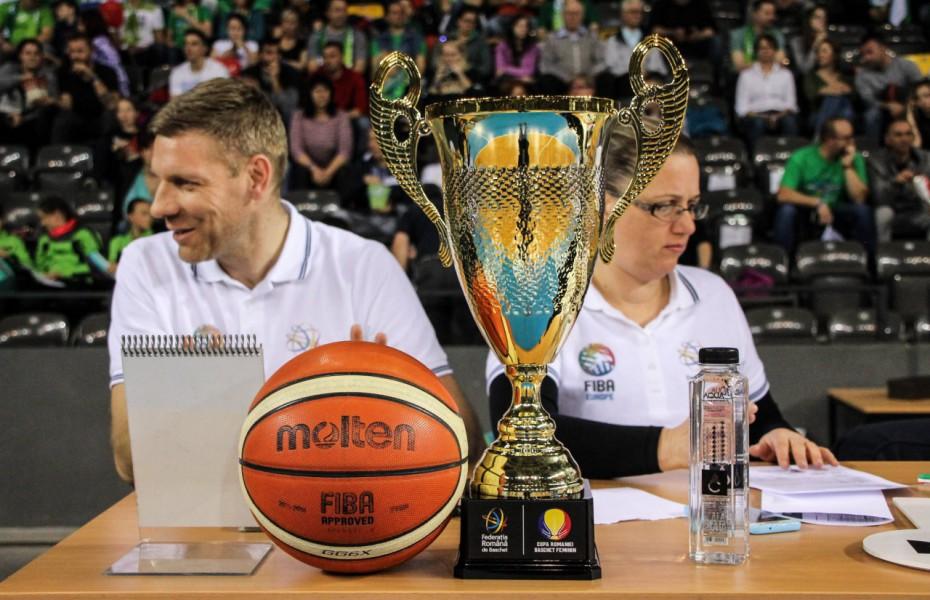 Returul din sferturile de finală ale Cupei României la feminin are loc miercuri