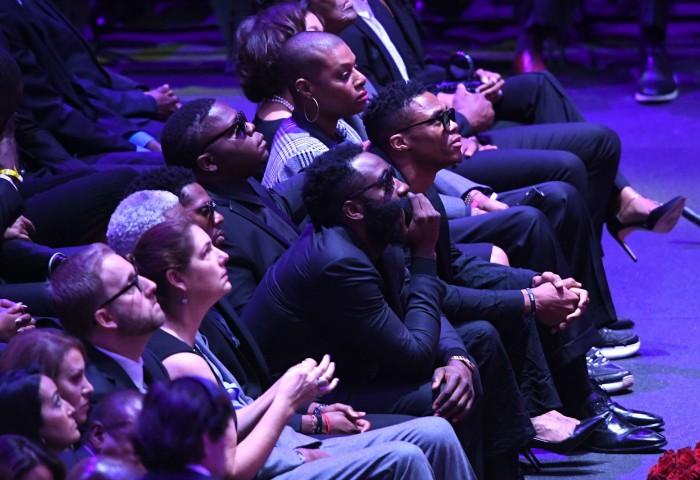 James Harden, prestație excelentă la doar câteva ore după ce a participat la ceremonia dedicată lui Kobe Bryant
