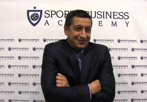 Update. Adrian Voinescu neagă informația că ar deveni directorul turneului de handbal feminin U20 de la București