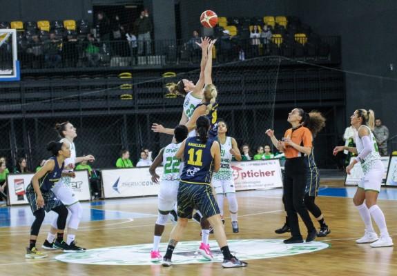 FCC Baschet Arad speră la victorie cu Sepsi SIC și la locul doi înainte de play-off