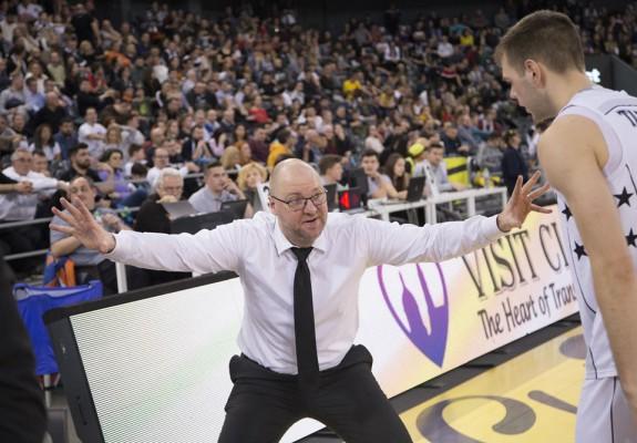 OPINIE. Mihai Silvășan a arătat multă personalitate la finalul meciului cu Medi Bayreuth