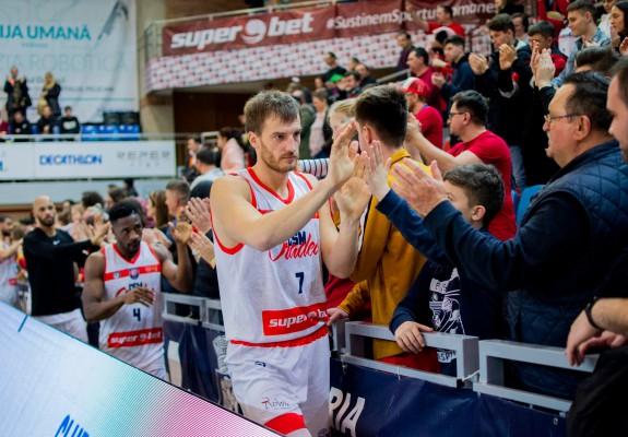 CSM Oradea a lăsat jucătorii acasă