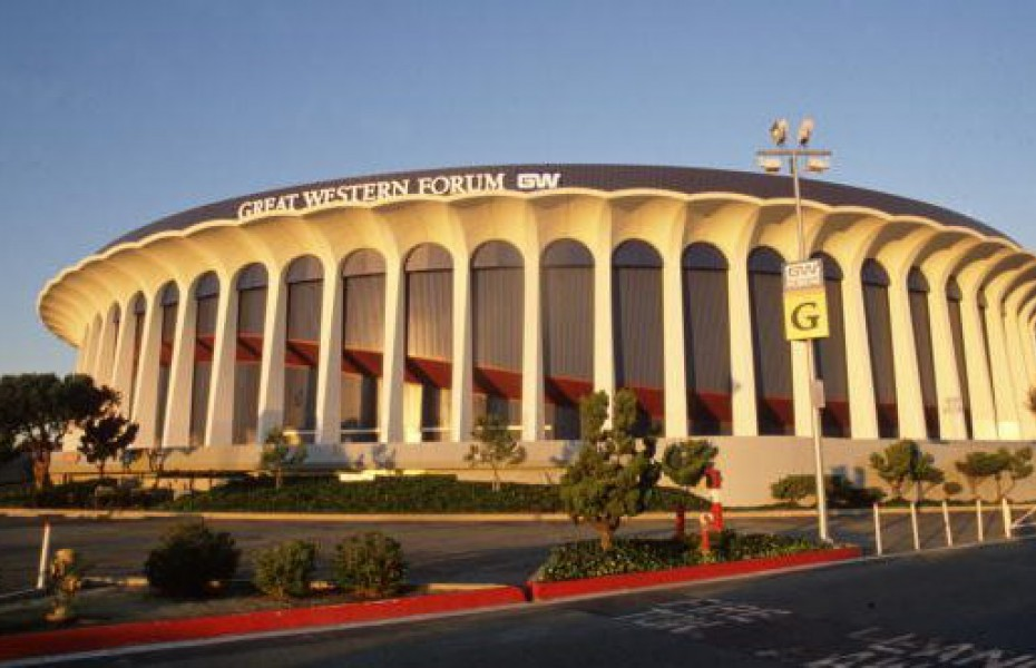 LA Clippers se mută din Staples Center