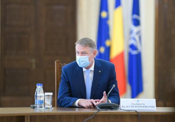 """Klaus Iohannis: """"Până în 15 mai, stați acasă! După 15 mai vom putea să ne mișcăm mai liber"""""""