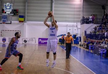 Recordurile înregistrate de jucătorii români în fiecare din ultimele opt sezoane de LNBM