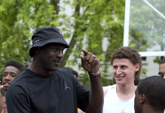 Michael Jordan a anunțat o donație de 100 de milioane de dolari