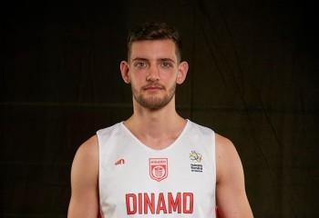 Andrei Calenic continuă alături de Dinamo Ştiinţa Bucureşti