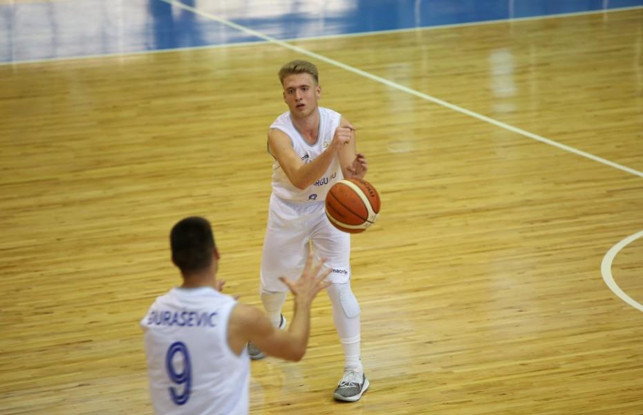 Alexandru Berca și-a prelungit contractul cu CSM Târgu Jiu