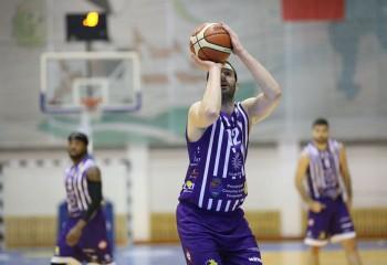 Adam Mirkovic va juca și în sezonul 2020-2021 pentru SCM Timișoara