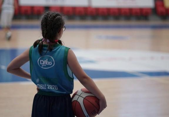 A început camp-ul realizat de IG Hoops şi Real Betis Baloncesto la Sibiu