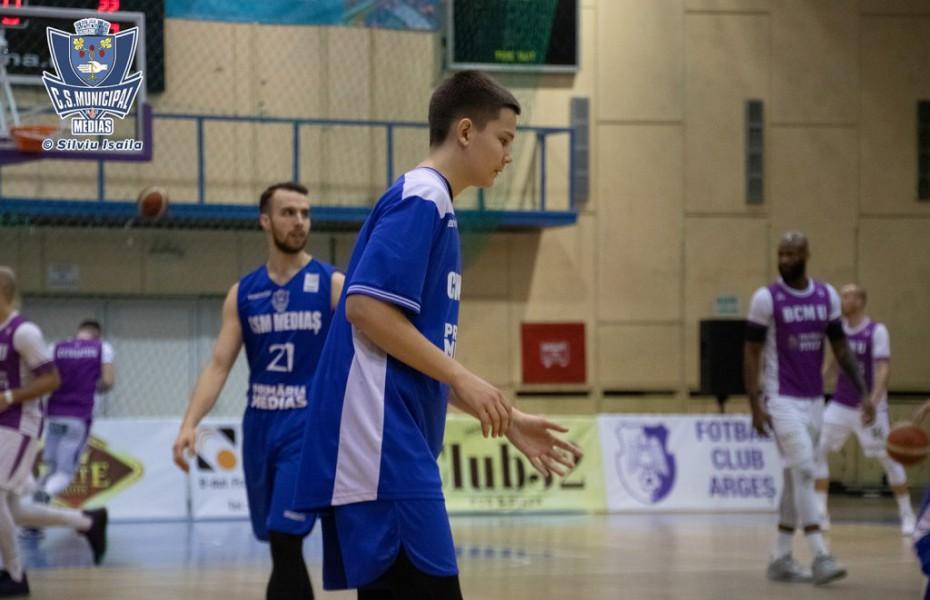 Răzvan Gabor rămâne în lotul lui CSM Mediaș și pentru stagiunea viitoare
