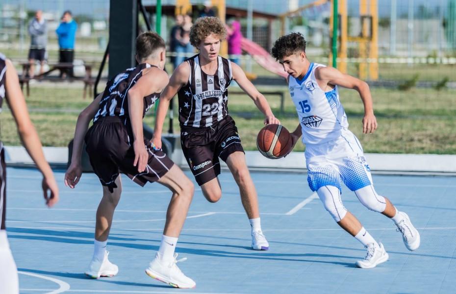 TF U14M - U-BT Cluj și ABC Laguna vor juca finala competiției