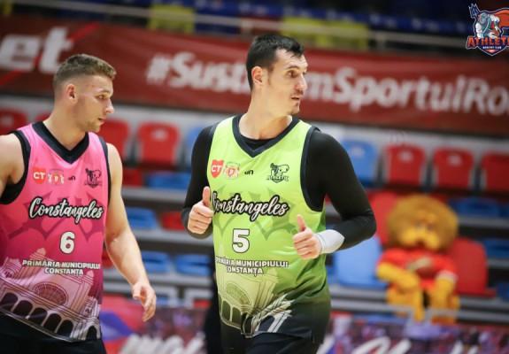 Iulian Orbeanu, double-double la primul meci pentru Athletic Constanța