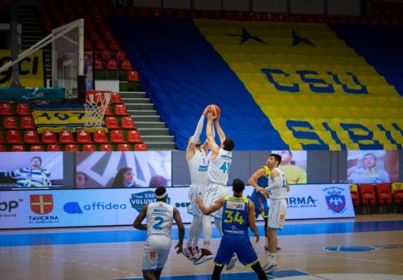 Vlad Moldoveanu, double-double în victoria cu CSU Sibiu