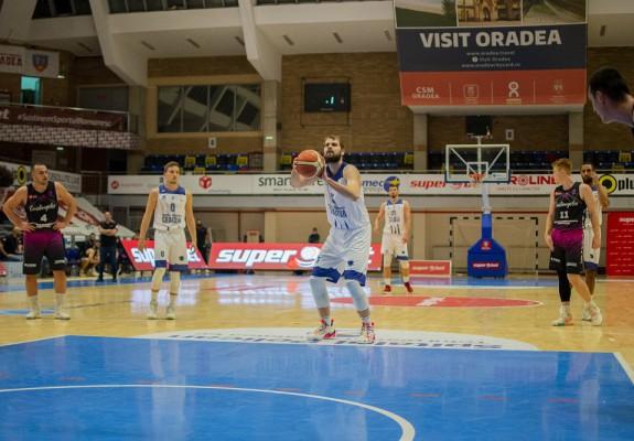 """Dragoş Diculescu: """"Suntem binecuvântaţi că după atât timp putem juca baschet"""""""